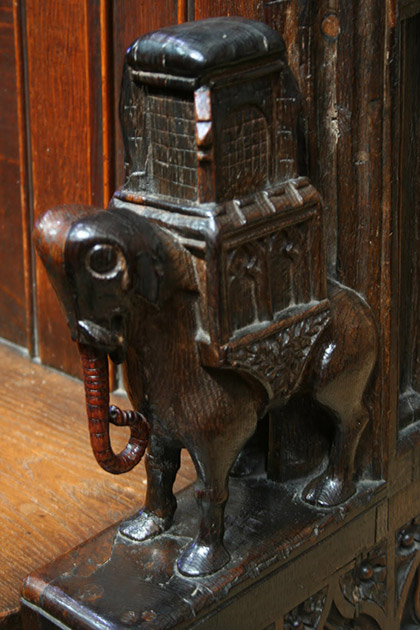 Elephane-Pews